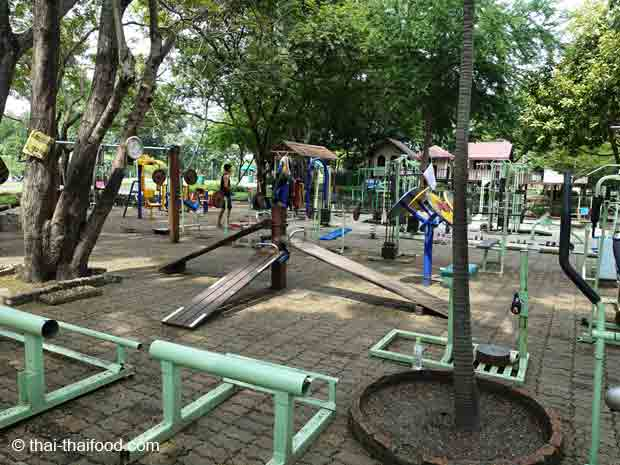 Kostenloses Fitnesscenter Bangkok Rama IX Park
