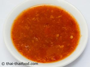 Thailändische scharfe Salatsauce