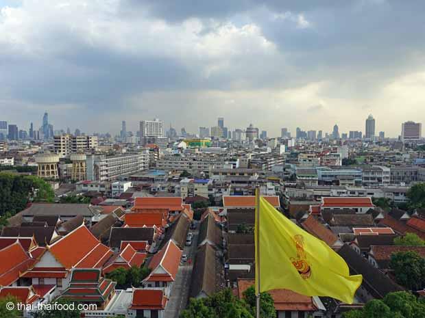 Aussicht über ganz Bangkok vom goldenen Berg