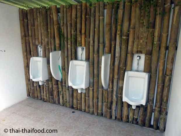 Wandverkleidungen aus Bambus