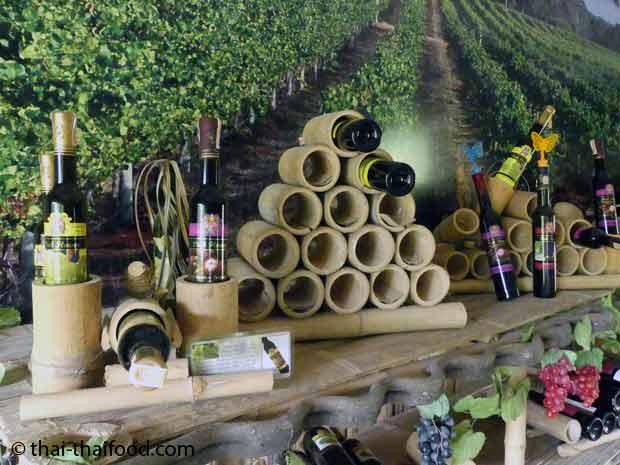 Weinregal aus Bambus
