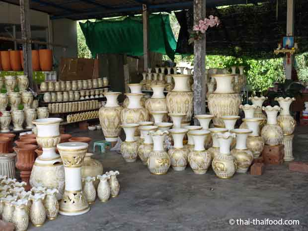 Vasen und Keramiken kaufen in Thailand