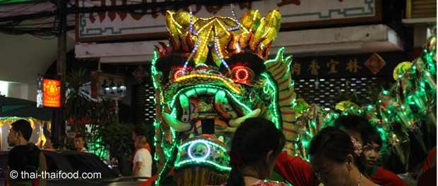 Festival in Chinatown Bangkok bei Nacht