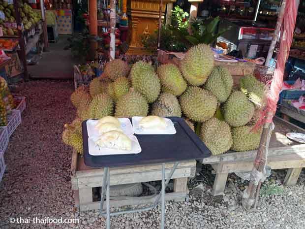 ganze Durian kaufen