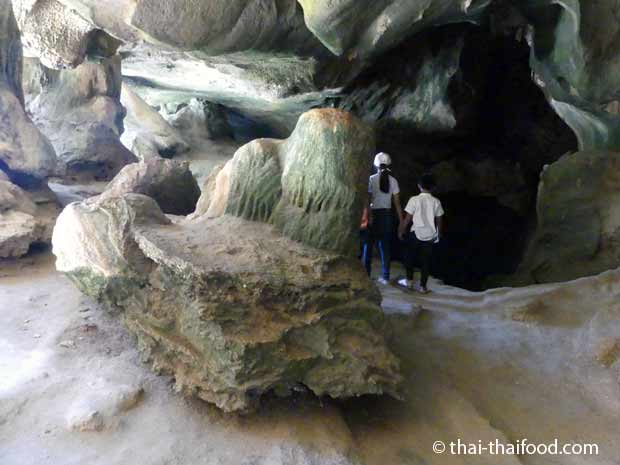 Höhle auf der James Bond Insel