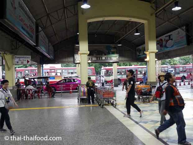 Bushaltestelle Hua Lamphong