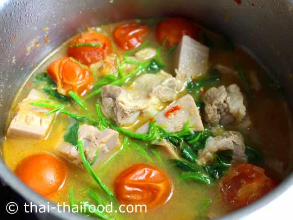 Jackfrucht Curry mit Schweinerippchen