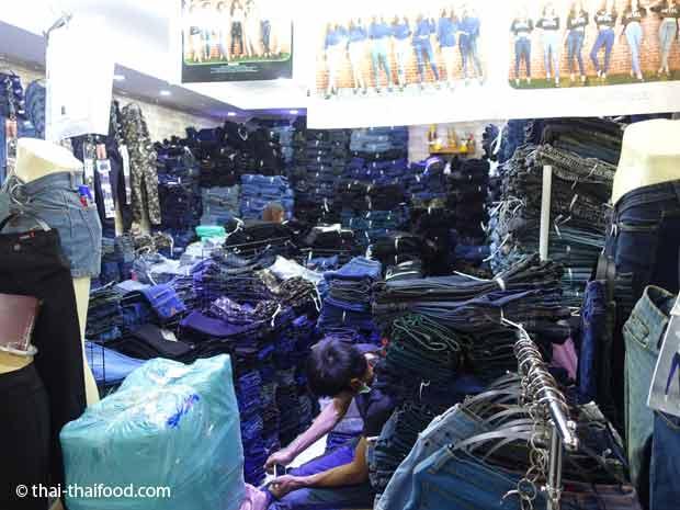 Thai Jeans Market in Bangkok