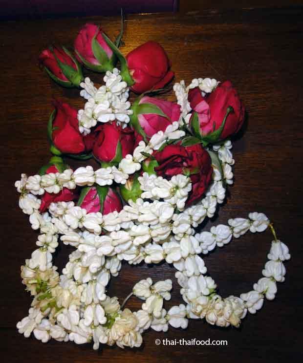 Thai Blumenketten