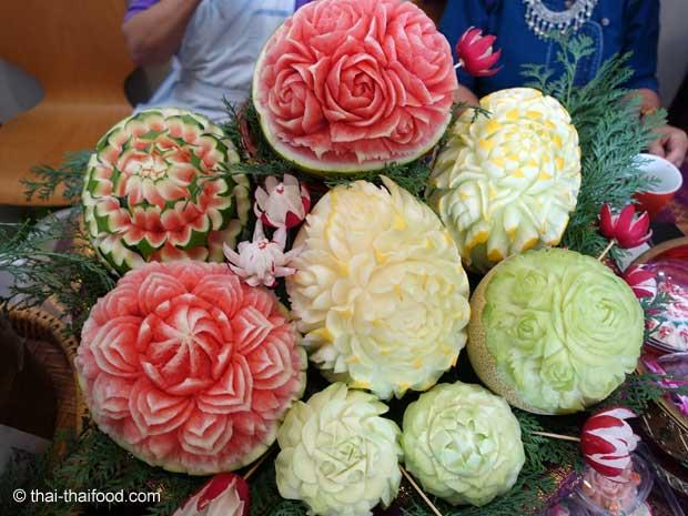 Melonen Schnitzereien aus Thailand