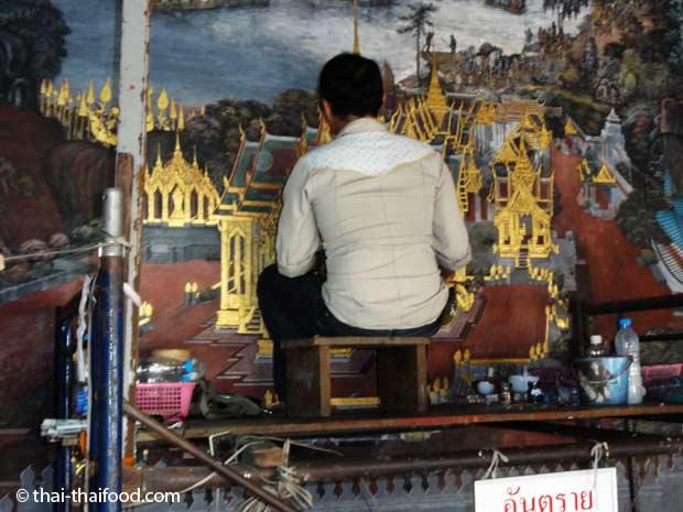Restaurierung der Wandmalereien im Wat Phra Kaeo