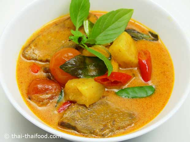 Rotes Thai Curry mit gegrillter Ente