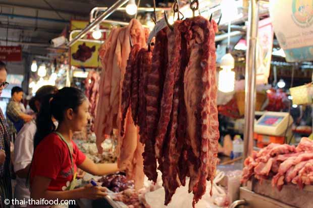 hängende Schweinerippen zum Kaufen