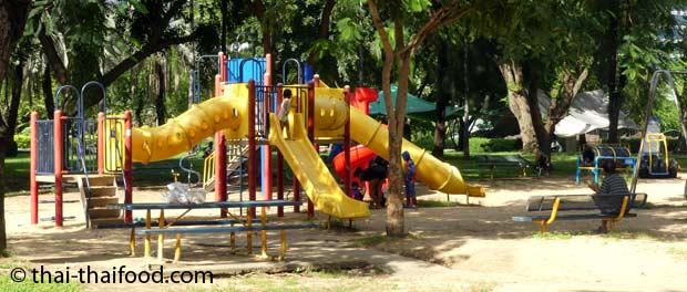 Spielplatz im Lumpini Park