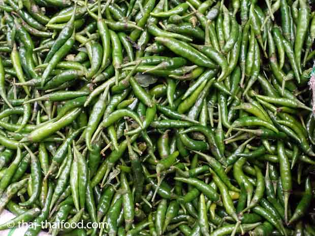 Grüne Chili Prik Kee Noo