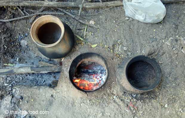unterirdische Feuerstelle Thailand