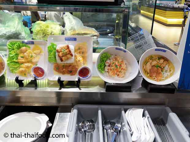 Thai Speisen im Terminal 21 Food Court