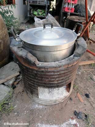 traditioneller thailändischer Ofen