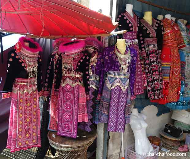 Traditionelle Kleidung in Norden Thailands