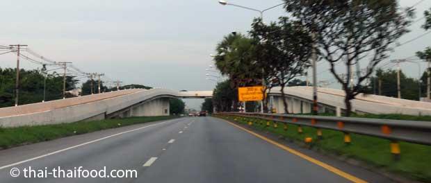 U-Turn Brücke Thailand