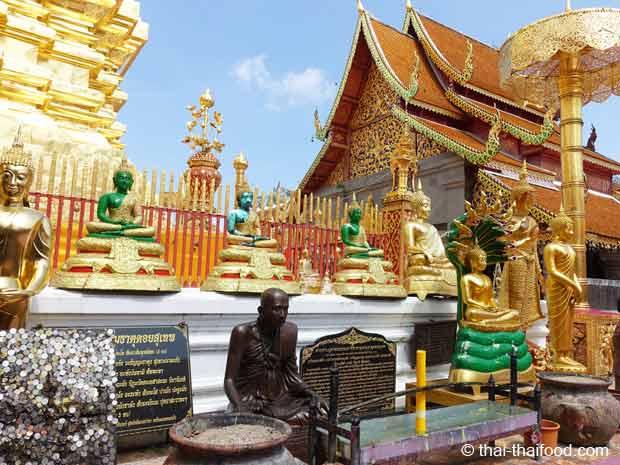 Wat Suthep Gebetsplatz