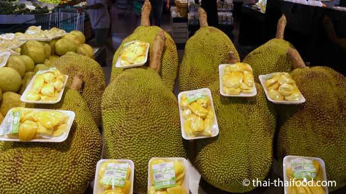 Jackfruit im Tesco Supermatkt