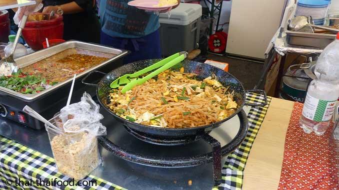 Pad Thai auf dem Thai Festival Bülach