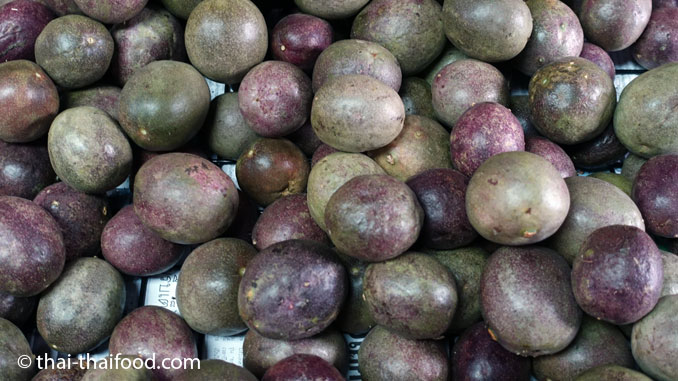 Thailändische Früchte Passionsfrucht