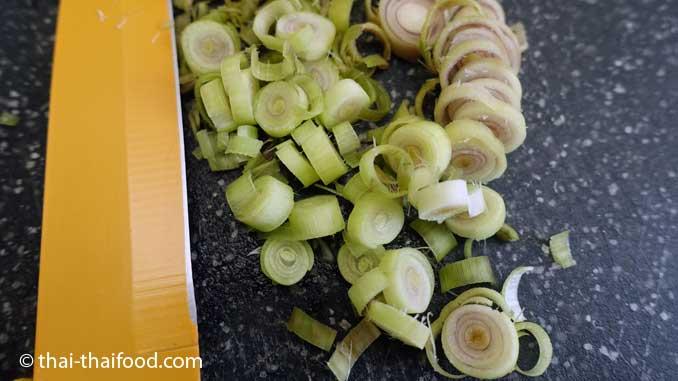 Zitronengras in Scheiben geschnitten
